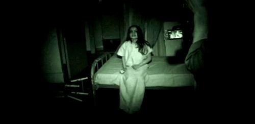 O americancă a suportat agresiunile sexula ale unei fantome(1)