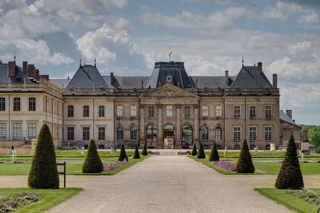 1024px-chateau_de_luneville_-_2012-05-16