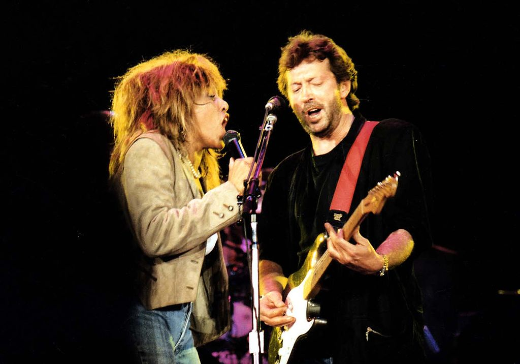 Tina Turner şi Eric Clapton la Wembley Arena, 18 iunie, 1987. Sursă foto tina and eric wembly, autor fattk att, Anglia.