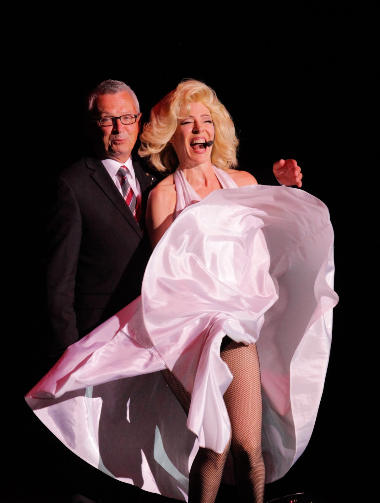 Tracey_Bell_impersonates_Marilyn_Monroe_(15932341953)