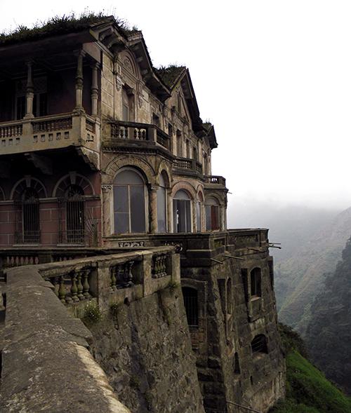 Hotelul fantomă Salto del Tequendama din Columbia (2)